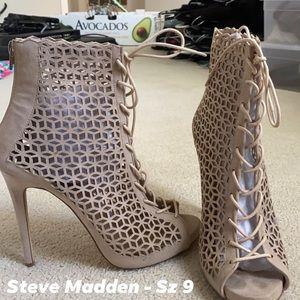 Steve Madden Cage Heel